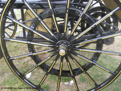 Photo of goldleaf Daimler Benz replica spokes closeup