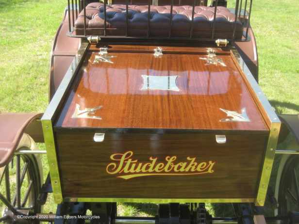 1902-studebaker-electric-back